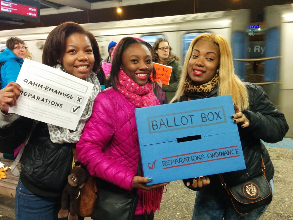 A group of young women who joined protestors at the 95th Street Station after hearing organizers explain the reparations ordinance. (Photo: Kelly Hayes)