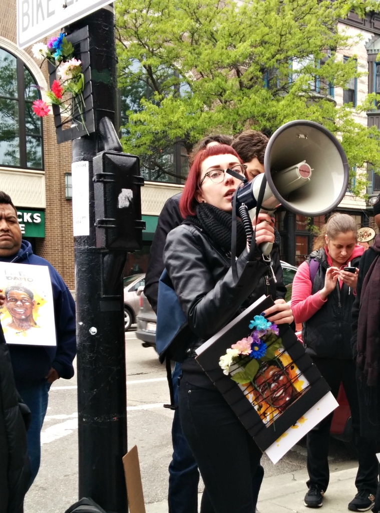 Protestor Brit Schulte recounts the story of Rekia Boyd, whose acquitted killer, detective Dante Servin, was recently defended by Garry McCarthy. (Photo: Kelly Hayes)