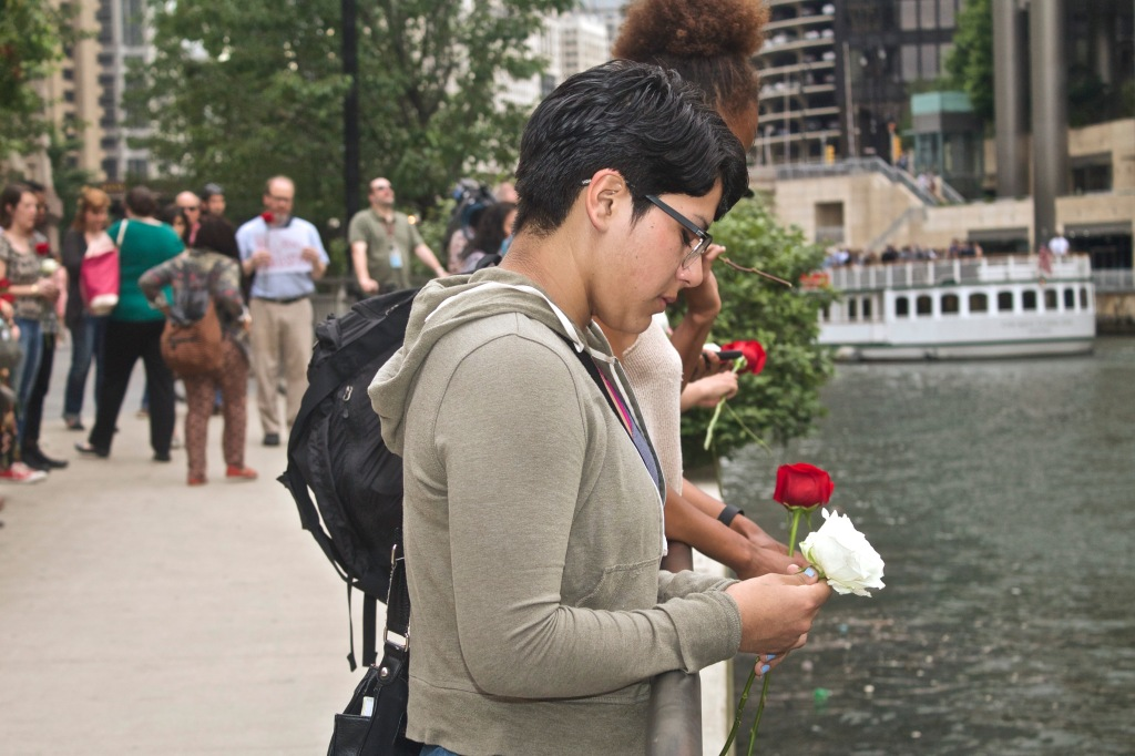 Mourners gathered beside the Chicago River last week to grieve for those killed during an attack on the Emanuel African Methodist Episcopal Church in Charleston, South Carolina. (Photo: Bob Simpson)